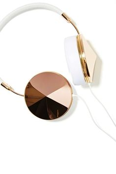 Frends Taylor Headphones at Nasty Gal//