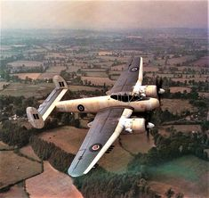 Bristol 'Brigand' in Coastal Command colours, carrying eight rockets and a torpedo. Air Force Aircraft, Ww2 Aircraft, Military Aircraft, Air Fighter, Fighter Jets, Airplane History, Malayan Emergency, Experimental Aircraft, Aircraft Photos
