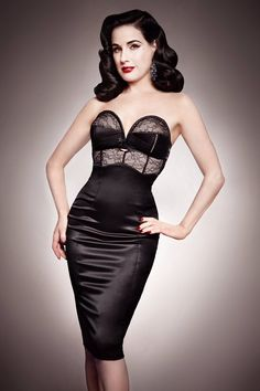 Dita Von Teese in the Her Sexellency dress in Black from her lingerie line. Dita Von Teese Burlesque, Dita Von Teese Style, Dita Von Teese Lingerie, Dita Von Teese Makeup, Pin Up Lingerie, Gorgeous Lingerie, Gorgeous Dress, Glamour Hollywoodien, Old Hollywood Glamour