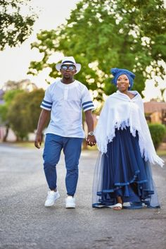 A Gorgeous Tswana Wedding With The Bride Dressed In BMashiloDesigns South African Weddings, Nigerian Weddings, South African Traditional Dresses, Traditional Wedding Attire, Shweshwe Dresses, African Wedding Dress, Latest African Fashion Dresses, Muslim Brides, Muslim Couples
