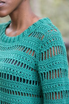 Blusa Campana - Alto Tricô Zum Häkeln, a mão - Handmade Fi . - # Häkeln Blusa Campana - Alto Tricô Zum Häkeln, a mão - Handmade Fi . Crochet Cardigan Pattern, Crochet Tunic, Freeform Crochet, Crochet Clothes, Crochet Lace, Blanket Crochet, Crochet Gifts, Mode Crochet, Crochet Woman