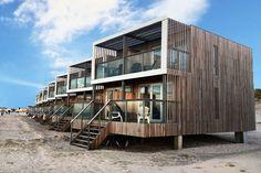 Ihr sucht nach einem Ferienhaus in Holland, das DIREKT am Strand liegt? Mit Meerblick? Dann schaut euch mal die LANDAL Beach Villas an der Nordsee an!