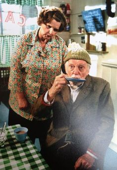 'Ivy' (superbly portrayed by Jane Freeman) and 'Compo' (brilllantly played by Bill Owen), slurpin' his tea from a saucer at Sid's Café, in a scene from 'Last of the Summer Wine' British Tv Comedies, Classic Comedies, British Comedy, Comedy Clips, Comedy Show, Comedy Tv, Last Of Summer Wine, English Comedy, Wine Gifts