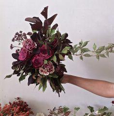 ARIEL DEARIE FLOWERS. - rich pink colour palatte