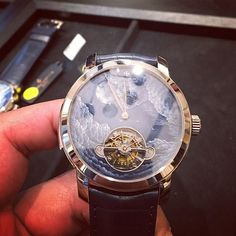 REPOST!!!  #montre #watch #watches #minuterepeater #tourbillon #luxury #limited #geneva #geneve #zurich #basel #swiss #switzerland #suisse #vacheronconstantin  Photo Credit: Instagram ID @plkmma