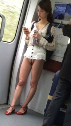 sexy school girl miniskirt no panties - Google 検索