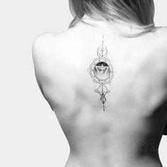 Geometric tattoo in Moscow. Tattoo on girl. Tattoo on back on girl. Тату геометрия в Москве. Тату на девушке. Тату на спине. Геометрическая тату. Чакра.  #tattoo #geometric #linework #black #moon #fedornozdrin
