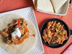 The slow cooker is a wonderful thing. It does all the work for you, making it look like you spent hours preparing a meal when really you just threw some ingredients in and let the crock pot do its thing. This Slow Cooker Chicken Fajita recipe is no exception!