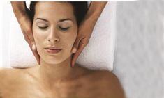 Indian Head Massage - Your Skin Expert Tight Neck, Improve Blood Circulation, Neck Massage, Muscle Tension, Indian Head, Beauty News, Photos Of Women, How To Increase Energy, Hair Ties