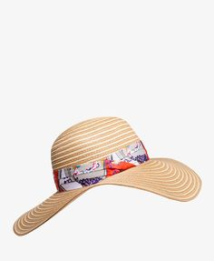 OMG. I love this! I could totally see you in this, @Kasey! Floppy Floral Sun Hat