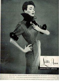 Image detail for lilli ann vintage couture dresses Vintage Vogue, Vintage Glamour, Vintage Beauty, Vintage Ladies, 50s Vintage, Vintage Wear, Vintage Signs, Fifties Fashion, Retro Fashion