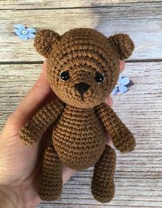 New Crochet Animals Baby Teddy Bears 25 Ideas Crochet Bear Patterns, Knitting Machine Patterns, Crochet Animals, Baby Patterns, Crochet Teddy, Crochet Dolls, Crochet Baby, Knitted Baby, Teddy Bear Costume