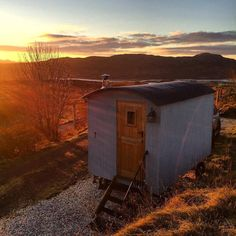 Isle of Skye autumn sunrise courtesy of Walter from he's currently inspecting a couple of new Shepherd's Huts for us. It's a hard job, but someone's gotta do it and who better than one of our longest standing Owners! Up on the site soon. Shepherds Hut Holidays, Outside World, Double Beds, Dog Friends, Cosy, Shed, Home Appliances, Outdoor Structures, Instagram Posts