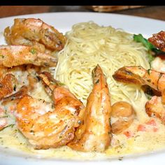Shrimp Scampi from Cheesecake Factory my ALL time favorite! Prawn Recipes, Entree Recipes, Fish Recipes, Seafood Recipes, Pasta Recipes, Cooking Recipes, Copycat Recipes, Recipies, Dinner Recipes