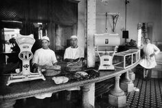 us__en_us__ibm100__ibm_founded__moneyweight_customer__900x600.jpg (900×600) Butcher in Mexico 1928