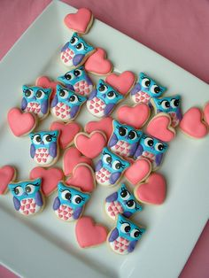 Items similar to Valentines day cookies - Owl cookies and Hearts - Valentine MINI Cookies - or 5 dozen cookies on Etsy Mini Cookies, Fancy Cookies, Heart Cookies, Iced Cookies, Cute Cookies, Royal Icing Cookies, Cookies Et Biscuits, Cupcake Cookies, Sugar Cookies