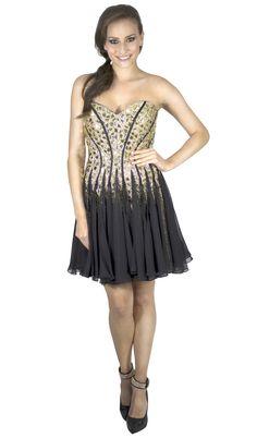 O fim do ano está chegando e com ele vem as festas! Arrase garantindo seu vestido na Black Suit Dress. Venda e locação. Acesse e confira: www.blacksuitdress.com.br  #vestido #festa #moda #fashion #fimdeano #brilho #vestidodevesta #modafesta #pretinhobasico #blacksuitdress #charme #elegância #pedraria #tomaraquecaia #luxo #estilo #lookfesta #look