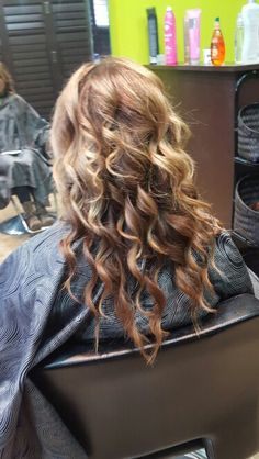 Blond hilites and lowlights Wand Curls, Updos, Blond, Dreadlocks, Hairstyle, Long Hair Styles, Color, Beauty, Hair Dos