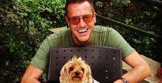 """Medya hayvanlardan sorulur: Uçankuş TV'de """"Hayvanlar Alemi"""" programını bir köpek sunacak.. Detaylar ajanimo.com'da.. #ajanimo #ajanbrian #dog #köpek #animal #pet #animals #love #happy #funny #hayvan #pet #petmagazine #magazin #smile #photograpy #fotoğraf #cute #sevimli  #media #medya #tv #television #celebrity"""