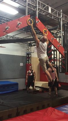 Local gym in concord California. Getting my ninja warrior on! Parkour Gym, Calisthenics Gym, Kids Ninja Warrior, American Ninja Warrior, Home Gym Garage, At Home Gym, Gym Workout Chart, Gym Workouts, Crossfit Home Gym
