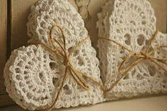 Heart crochet motif with diagram