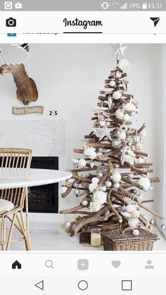 Grand Driftwood Christmas Tree - creative idea for a coastal Christmas Driftwood Christmas Tree, Coastal Christmas, Diy Christmas Tree, Modern Christmas, Christmas Love, Rustic Christmas, Winter Christmas, Scandinavian Christmas, Natural Christmas