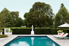 Mario Buatta Designs Extraordinary Entertaining Spaces For Two Preeminent Hosts Photos | Architectural Digest