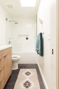 Cabinet color for master bath