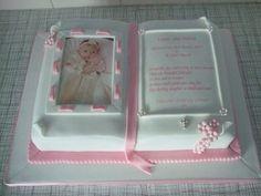 Christening Book Bible Cake, Religious Cakes, King Cup, First Communion Cakes, Christening Cakes, Cake Creations, My Baby Girl, Fondant, Wedding Cakes