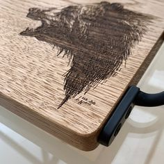 Bear Design, Serving Board, Old Wood, Natural Materials, Kitchen Accessories, Unique Gifts, Woodworking, Cookware Accessories, Original Gifts