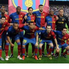 FC Barcelona ~ Would love to see them play live. Fc Barcelona, Messi, Basketball Court, Baseball Cards, Sports, People, Soccer Teams, Europe, Dreams