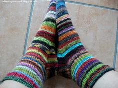 Textiles, Just For Fun, Knitting Socks, About Me Blog, Diy Crafts, Sewing, Socks, Easy Knitting Projects, Knit Socks
