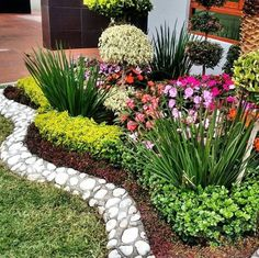 Not the specific plants I would choose for the front yard, but the layout is int. Front Yard Garden Design, Small Front Yard Landscaping, Rock Garden Design, Garden Yard Ideas, Backyard Garden Design, Garden Edging, Garden Landscape Design, Garden Projects, Garden Landscaping