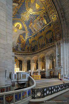 Basilique du Sacré-Cœur (Basilica of the Sacred Heart of Jesus), Paris, France  Been outside. Should have gone inside. Look how beautiful!