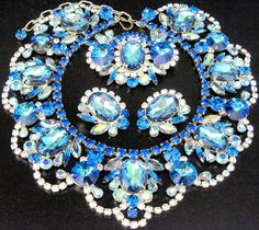 DiMARTINO ORIGINALS Bermuda Blue Watermelon Rhinestone Necklace Pin Earring Set