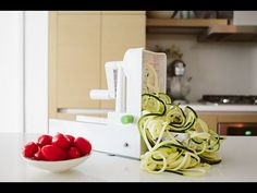 My Spiralizer Obsession! Say goodbye to pasta and hello to veggies!