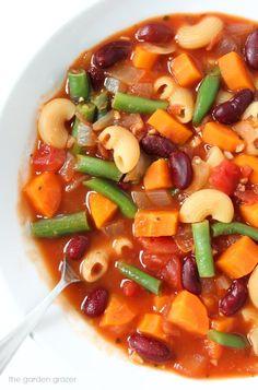 The Garden Grazer: Minestrone Soup (30 minute!)