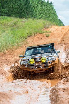 Patrol mud Off Road Camping, 4x4 Off Road, Off Road Truck Accessories, Best 4x4 Cars, Nissan Patrol Y61, Patrol Gr, Nissan 4x4, Sick Puppies, Jdm Wallpaper