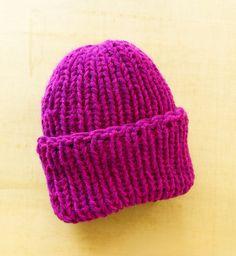 Free Knitting Loom Patterns   Free Loom Pattern L0325 Loom Double Knit Hat : Lion Brand Yarn Company