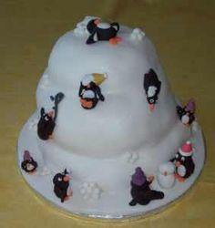 Image from http://directoryofleeds.net/blog/wp-content/uploads/2010/11/Leeds-Christmas-Cake-Penguins-283x300.jpg.