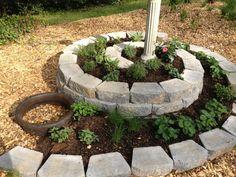 Billig, aber schöne DIY Spirale Gartenideen, die eine Bereicherung für Ihren Garten ist und innerhalb kürzester Zeit erstellt!