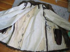 What to do with vintage old fur, or how to dismantle and old fur coat to make a pillow.