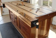 Woodworking workbenc
