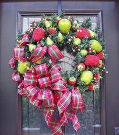 Christmas Wreath Williamsburg Fruit