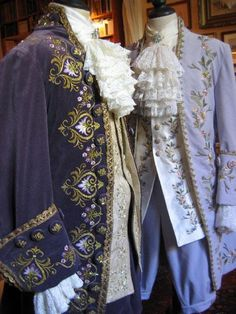Eighteenth Century male attire by Jean-Louis Cecilia, lives in the south of… Rococo Fashion, Victorian Fashion, Vintage Fashion, Vintage Outfits, 18th Century Costume, 18th Century Dress, Historical Costume, Historical Clothing, Mode Rococo
