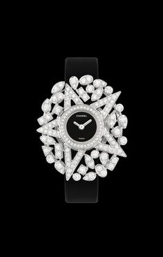 Watch in 18K white gold and diamonds. - CHANEL