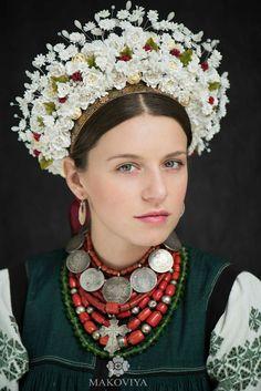 Ukrainian traditional outlook by Makoviya. Traditional Ukrainian crown.