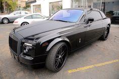 rools royce full black My Dream Car, Dream Cars, Rools Royce, Old Money, Automotive Art, Cool Cars, Rolls, Black, Fancy Cars