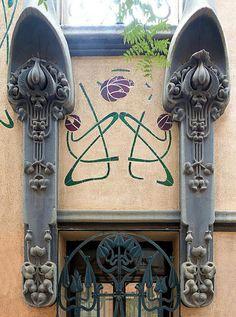 Art Nouveau - Barcelona - Casa Joan Vilagut 1904 Architect: Bonaventura Conill i Montobbio