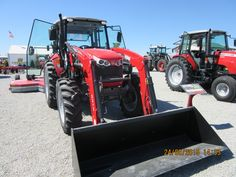 Massey Ferguson 4610 cab tractor equipped with  931X loader